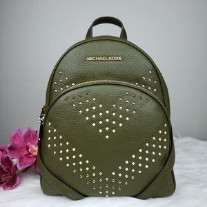 🌺NWT Michael Kors MD Abbey backpack duffle Green
